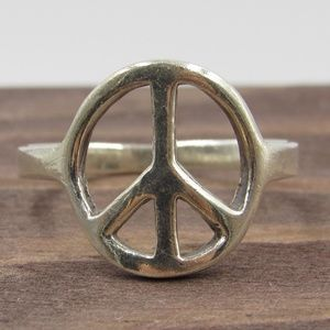 Size 7 Sterling Silver Hippy Peace Symbol Band Rin